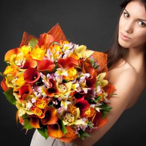 Сборный букет каллы, орхидеи и альстромерии R724