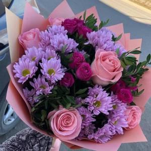 Сборный букет розы с хризантемой R1119