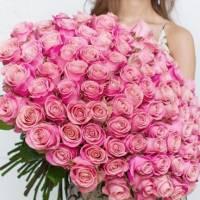 Букет 101 розовая роза в крафте R006