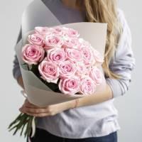 Букет 19 розовых роз с упаковкой R432